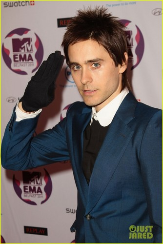 Jared Leto & 30 secondes to Mars: MTV EMAs 2011 Red Carpet