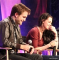 더 많이 Robsten Moments BD convention