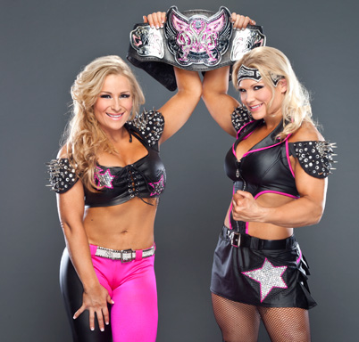 wwe divas fondo de pantalla with a bikini titled Natalya and Beth Phoenix