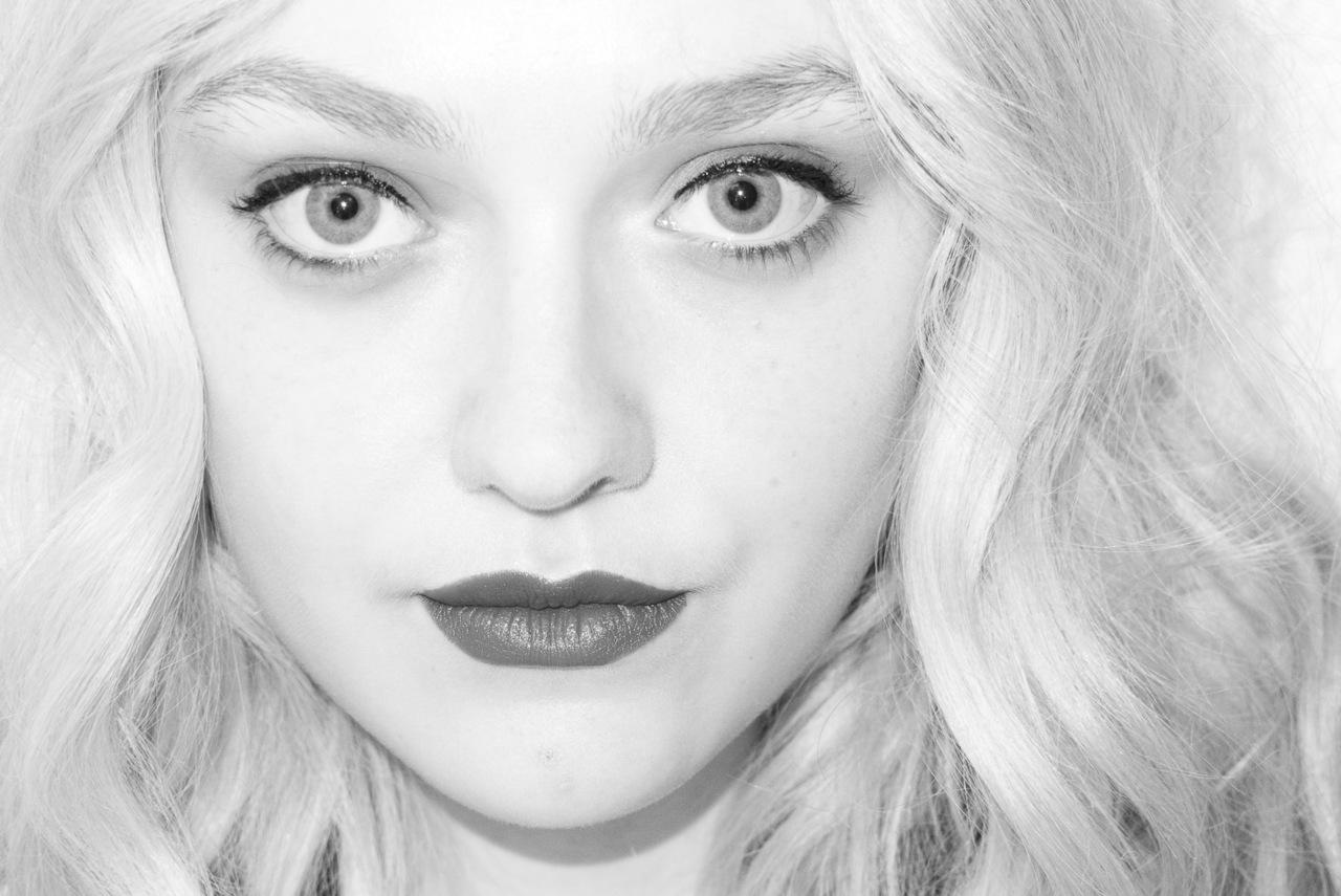 New Dakota Fanning Photoshoot with Terry Richardson - Dakota Fanning ... Dakota Fanning