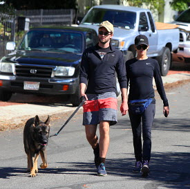 Nikki and Paul jogging in Los Angeles