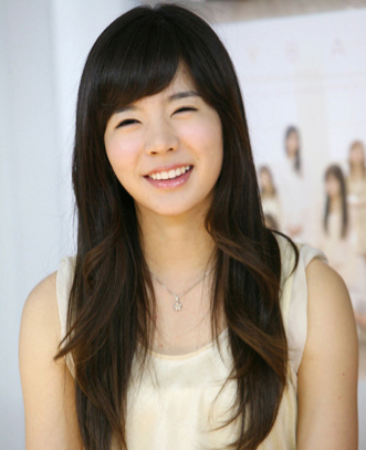 Sunny-lee-soonkyu-sunny-snsd-26657554-33