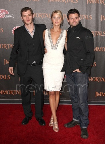 The Vampire Diaries Cast - Immortals Premiere