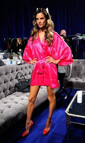 VS Fashion Show 2011 - Backstage