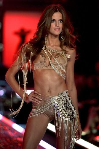 Victoria's Secret Fashion tunjuk - landasan