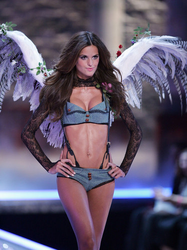 Victoria's Secret Fashion onyesha - runway