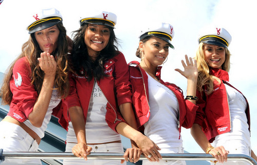 Victoria's Secret Supermodels Arrive In Yacht.