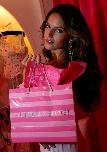 Victoria's Secret's Vegas Flagship Store Celebrates First Anniversary