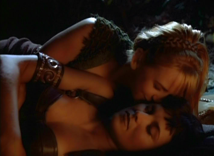 Xena Lesbian Kiss 54