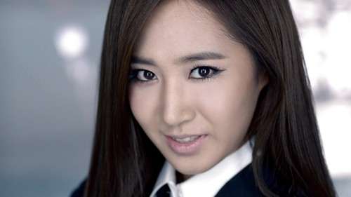 Yuri in The Boys MV - yuri-black-pearl Screencap