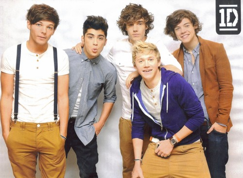 One Direction wallpaper containing a business suit, a well dressed person, and long trousers called 1D in 'Bliss' magazine! x♥x