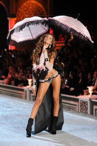 2011 Victoria's Secret Fashion hiển thị - hiển thị Time