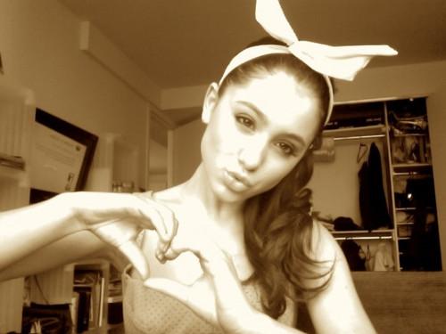 Ariana!!!♥♥