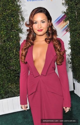 Demi - The 12th Annual Latin GRAMMY Awards - November 10, 2011