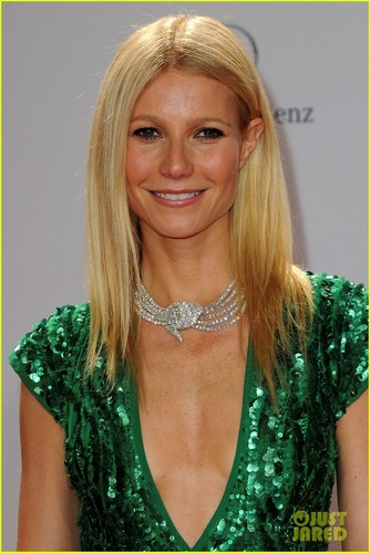 Gwyneth Paltrow: Bambi Awards in Germany!
