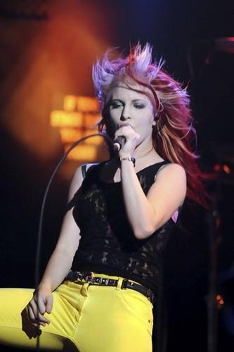 Hayley in RIOT!