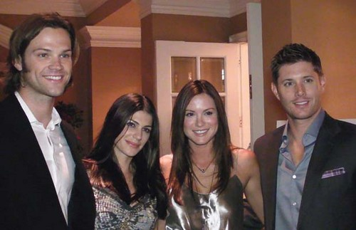 Jared, Jensen, and wives - jared-padalecki-and-jensen-ackles Photo