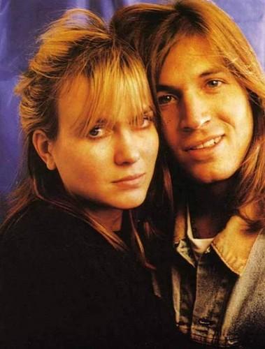 Juliana Hatfield and Evan Dando of The Lemonheads
