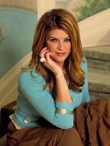 Kirstie Alley achtergrond probably containing a portrait entitled Kirstie Alley