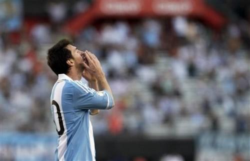 Lionel Messi - Argentina (1) v Bolivia (1)