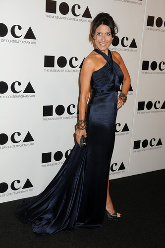 Lisa Edelstein wallpaper with a dinner dress titled MOCA Gala 2011 - An Artist's Life Manifesto Directed By Marina Abramovic [November 12, 2011]