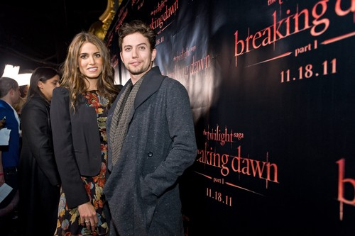 "Nikki at the ""Breaking Dawn: Part 1"" Concert Tour in Chicago - Arrivals"