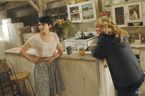 Once Upon a Time - 1x07 - The moyo is a Lonely Hunter - BTS picha