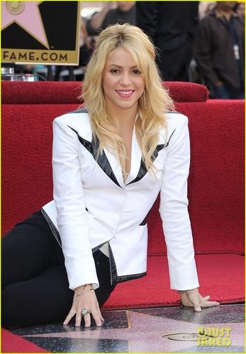 Shakira: Hollywood Walk of Fame Ceremony!