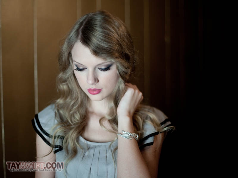 Taylor Swift photo shoot for The Independent Newspaper - Taylor Swift Photo (26783935) - Fanpop