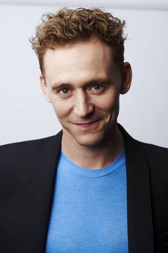 Tom Hiddleston - Photoshoot 由 Charlie Grey