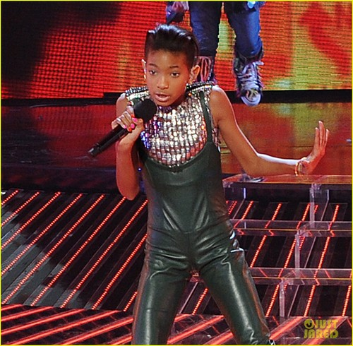 Willow Smith: 'Fireball' on 'X Factor'!