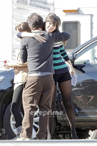 "Zooey on the set of ""New Girl"" in L.A, Nov 9"