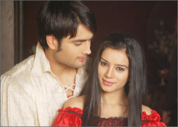 Vivian Dsena karatasi la kupamba ukuta probably with a portrait titled abhindra and maithili
