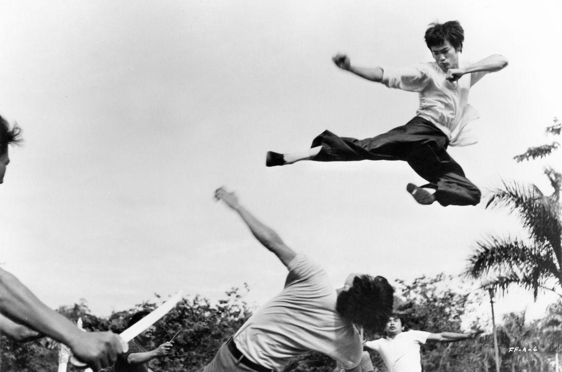 flying kick - Bruce Lee Photo (26727091) - 81.5KB