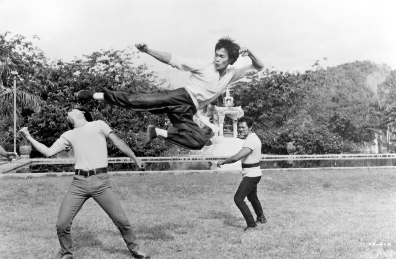 flying kick!