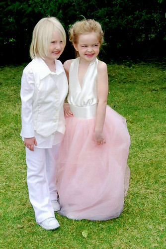 little Ellen and Portia awww :3