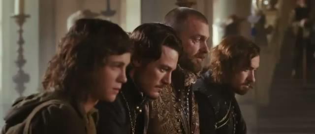Luke Evans three muske...