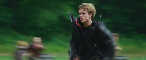 Peeta Mellark 바탕화면 called 'The Hunger Games' trailer