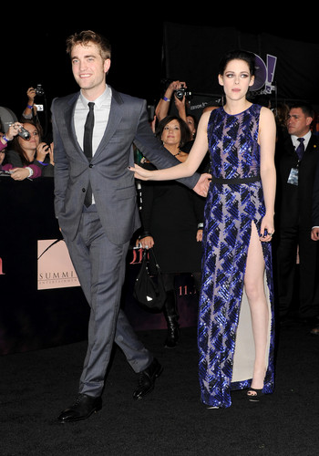 Robert Pattinson & Kristen Stewart wallpaper with a well dressed person and a business suit called 'The Twilight Saga: Breaking Dawn Part 1' Los Angeles Premiere [14.11.11]