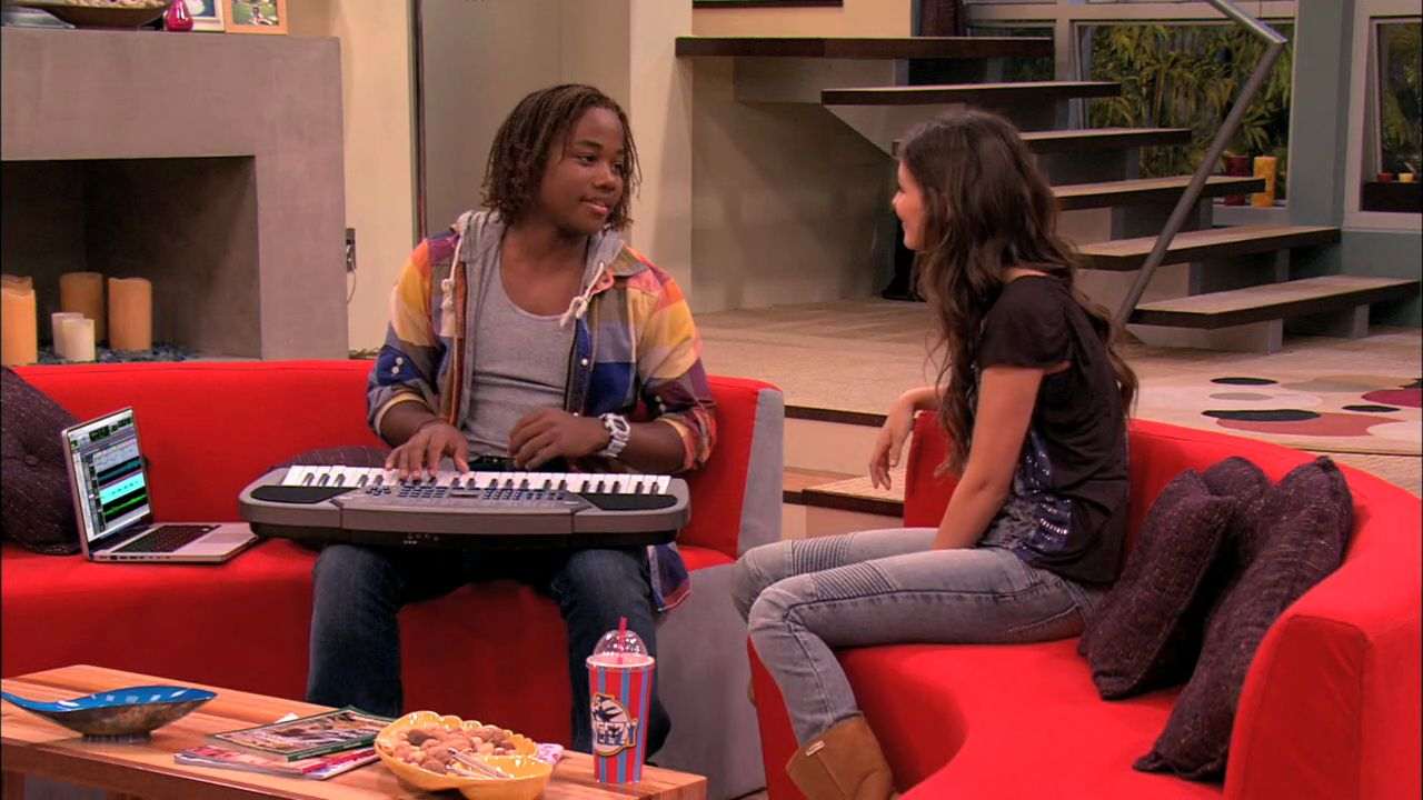 'Tori the Zombie' - 1x06 - Victorious Image (26844249 ... | 1280 x 720 jpeg 123kB