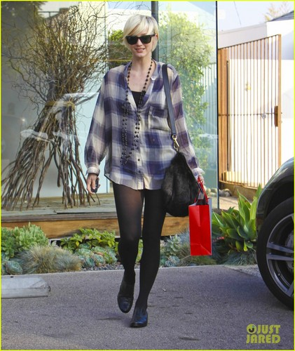 Ashlee Simpson: Andy Lecompte Salon Visit