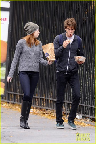 Emma Stone and Andrew Garfield, for a walk on Tuesday (November 15) in New York City.