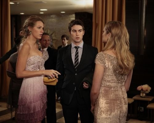 GG 5x10 - Riding In Town Cars With Boys - serena-and-nate Photo