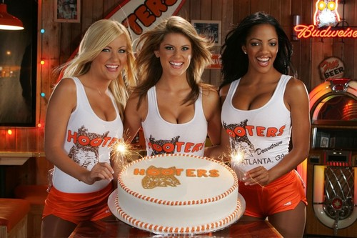 HAPPY B-DAY FROM THE HOOTERS GIRLS,LOL