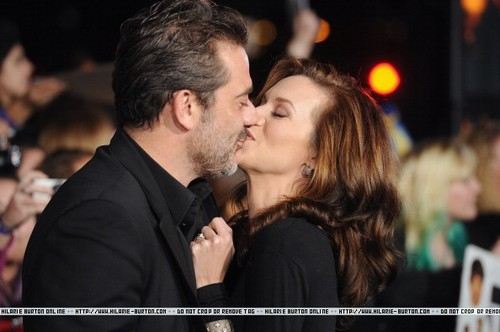 "Hilarie Burton11/14/2011 - ""THE TWILIGHT SAGA: BREAKING DAWN - PART 1"" WORLD PREMIERE"