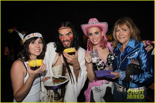 Katy Perry : Wild West Birthday Ho Down Throwdown!