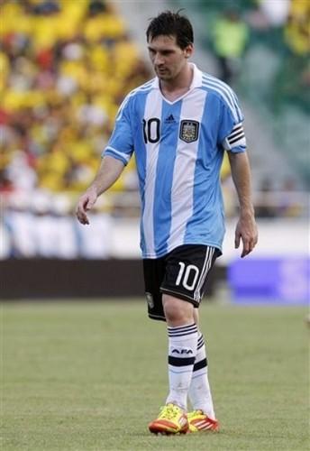 Lionel Messi - Argentina (2) v Colombia (1)