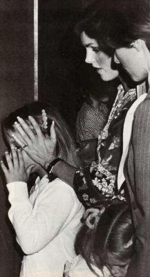Lisa and Priscilla (1977 June)