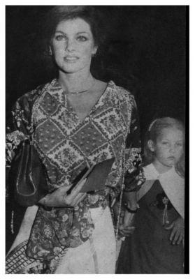Priscilla Presley 1977