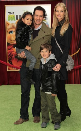 MP with family at The Muppets premier